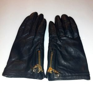 Tory Burch Charm zippered leather glove